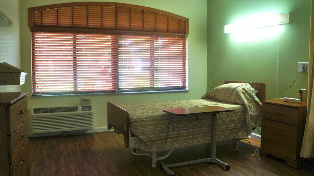 regent-park-sunrise-bedroom02