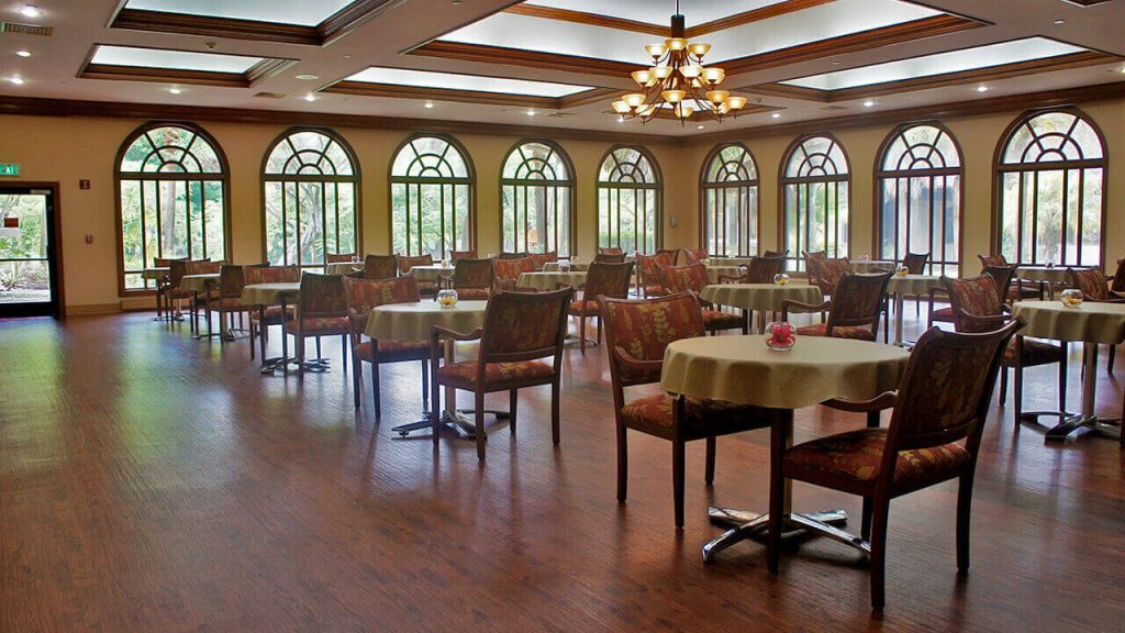 regent-park-sunrise-dining-room